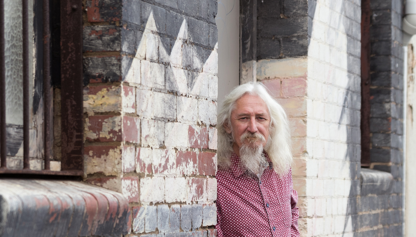 Artist Steve Baker, The Baker Collection, Magic Market Geelong