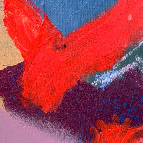 'Lion Heart' pops of fluorescent